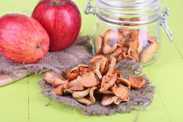 Как хранить сушку из яблок