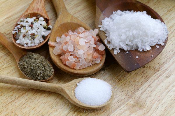 kak hranit sol